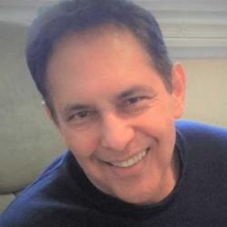 Héctor Calderón